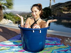 Lil' Teenage Pounds in a Bucket